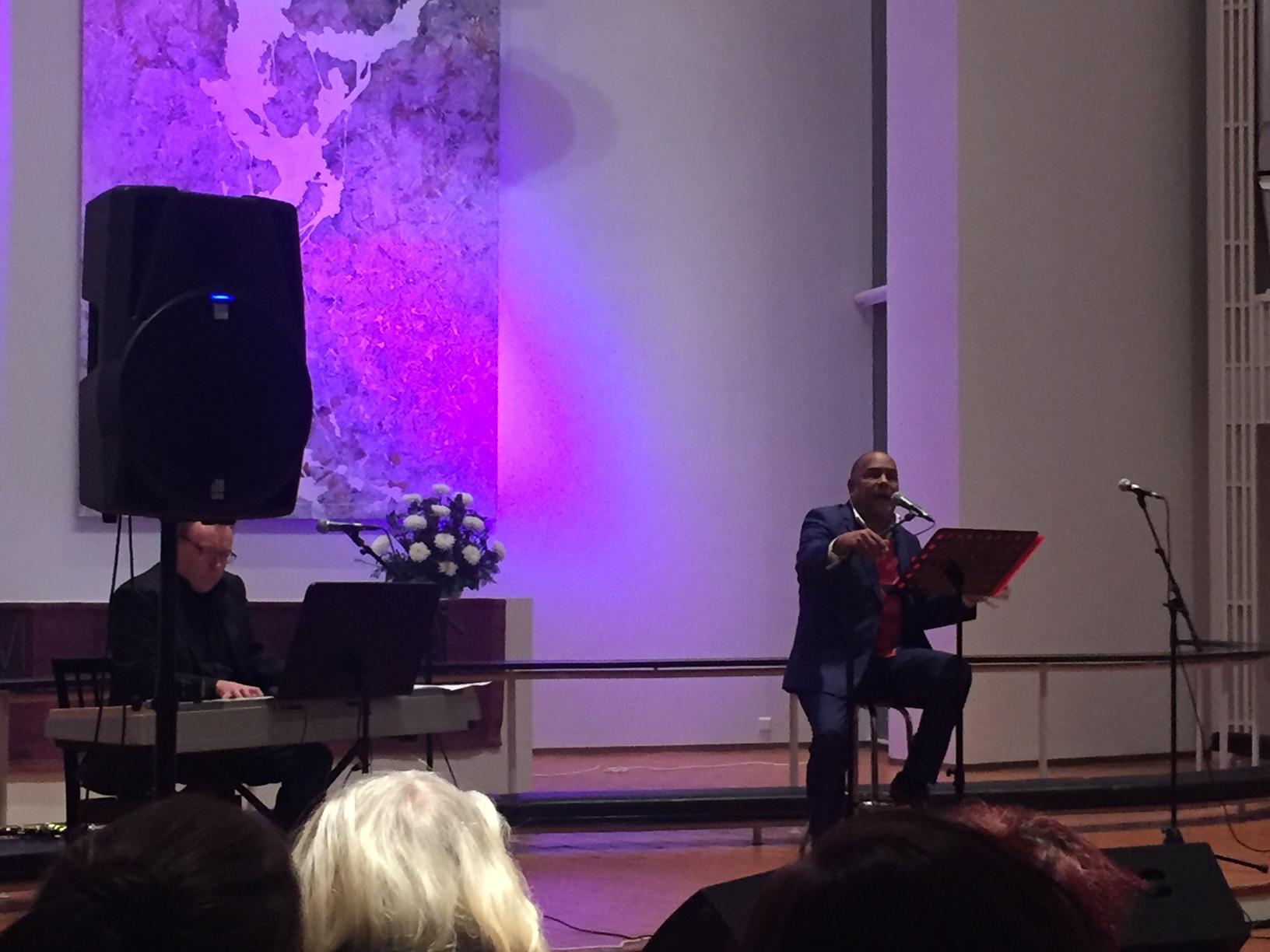 VIDEO: Ilus Jõulukontsert Espoos – kohale tuli sadu inimesi